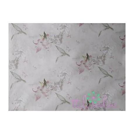 Tela de  algodón flores y angelotes