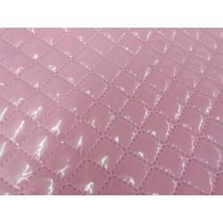 Tela plastificada y acolchada en rosa
